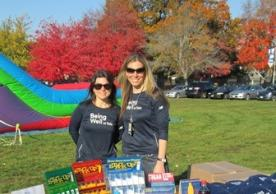Being Well at Yale staff - Danielle Casioppo (L) and Lisa Kimmel (R)